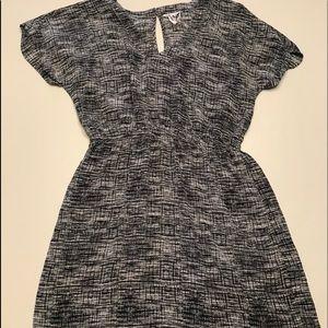 Barney's of New York Co-op sz medium midi dress